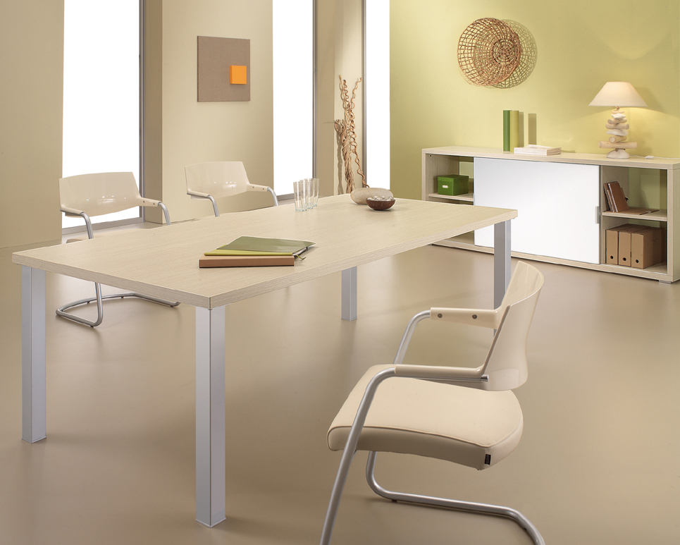 KWest Meeting Table