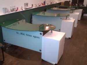 Kidney Green Glass Reception Desk