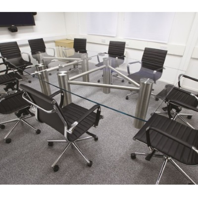 Barrel shaped Clear Glass Meeting Table
